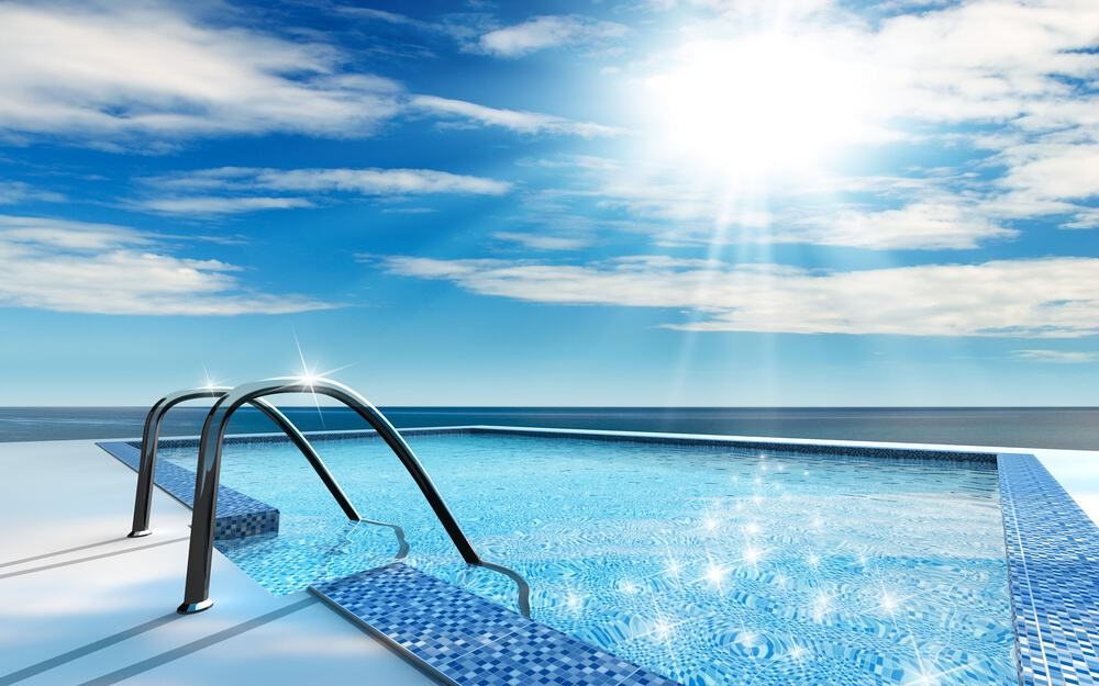 How To Choose The Best Pool Clarifier (2019 Guide)